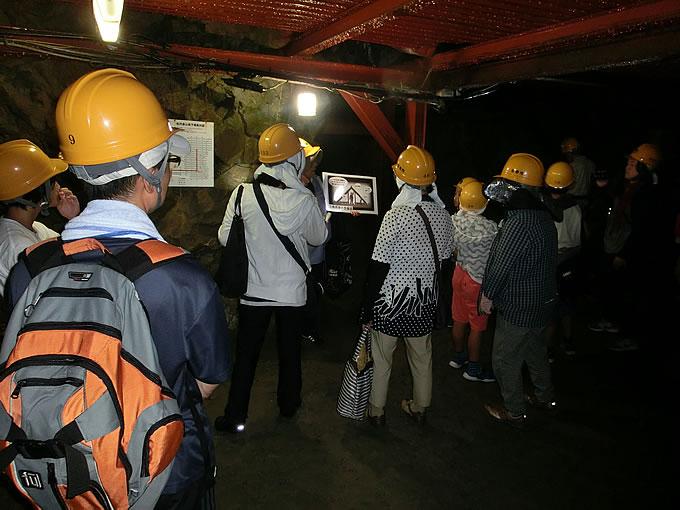 松代大本営地下壕見学の写真