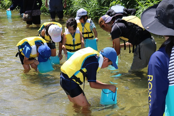 川あそびは、安全な場所で!安全な装備で!