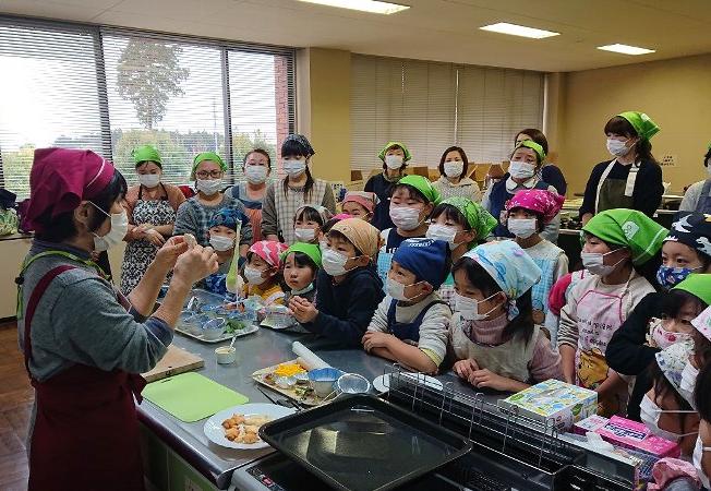 「食育教室 たべる、たいせつ」を開催しました(那珂市教育委員会生涯学習課)