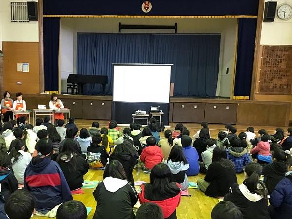 さいたま市徳力小学校で、「早寝・早起き・朝ごはん」をテーマに出前授業を実施しました