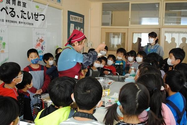 食育教室「たべる、たいせつ」(那珂市立芳野小学校)を開催しました